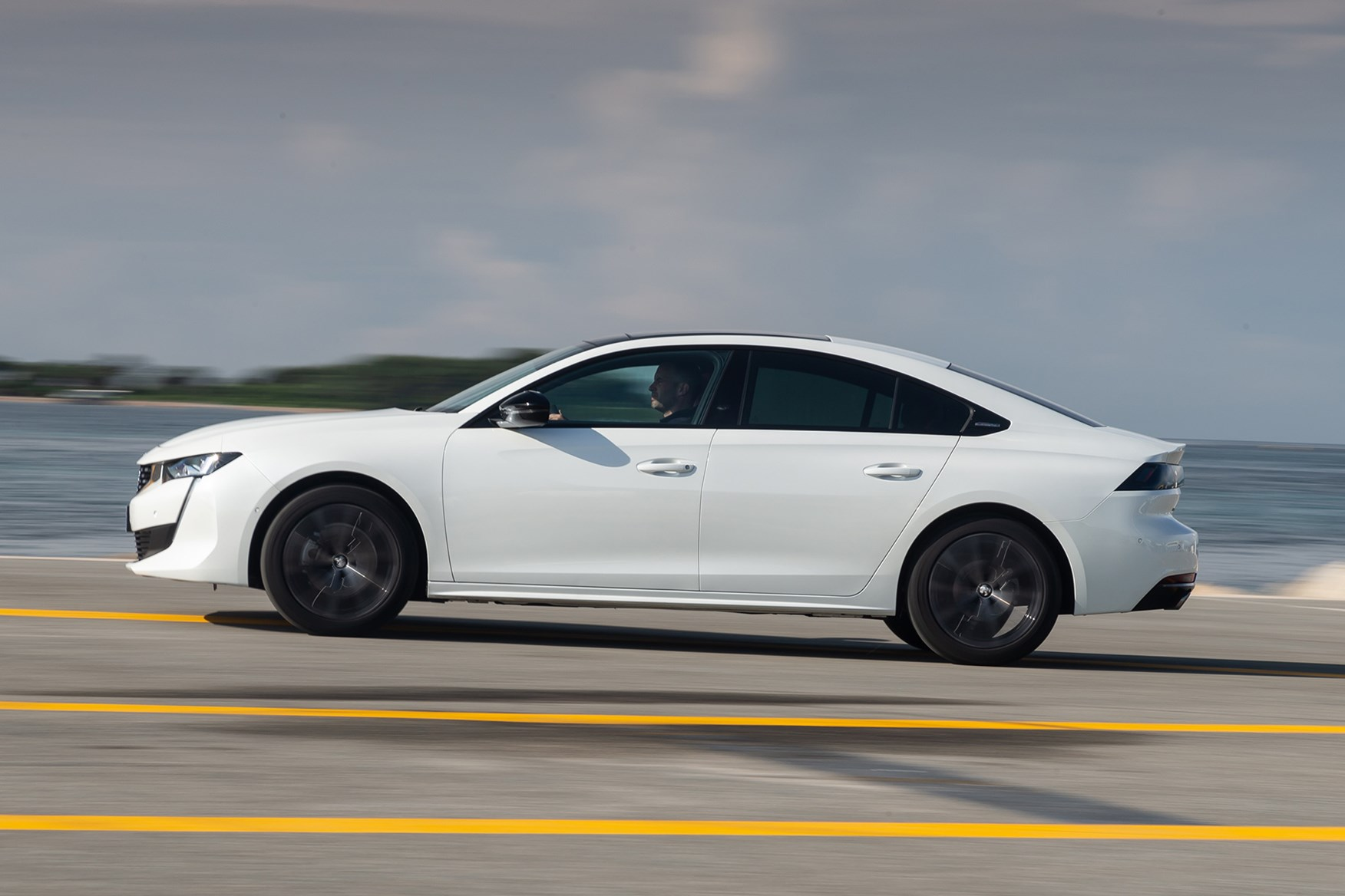 Peugeot 508 (2019) Practicality, Boot Space & Dimensions