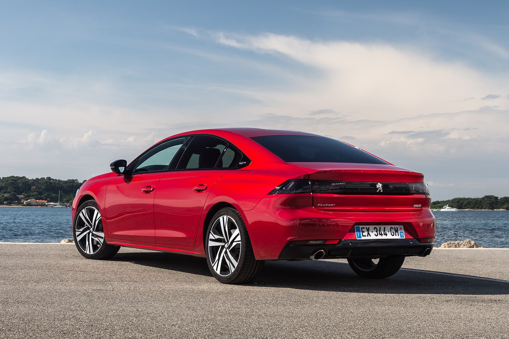 Peugeot 508 Fastback Review Parkers