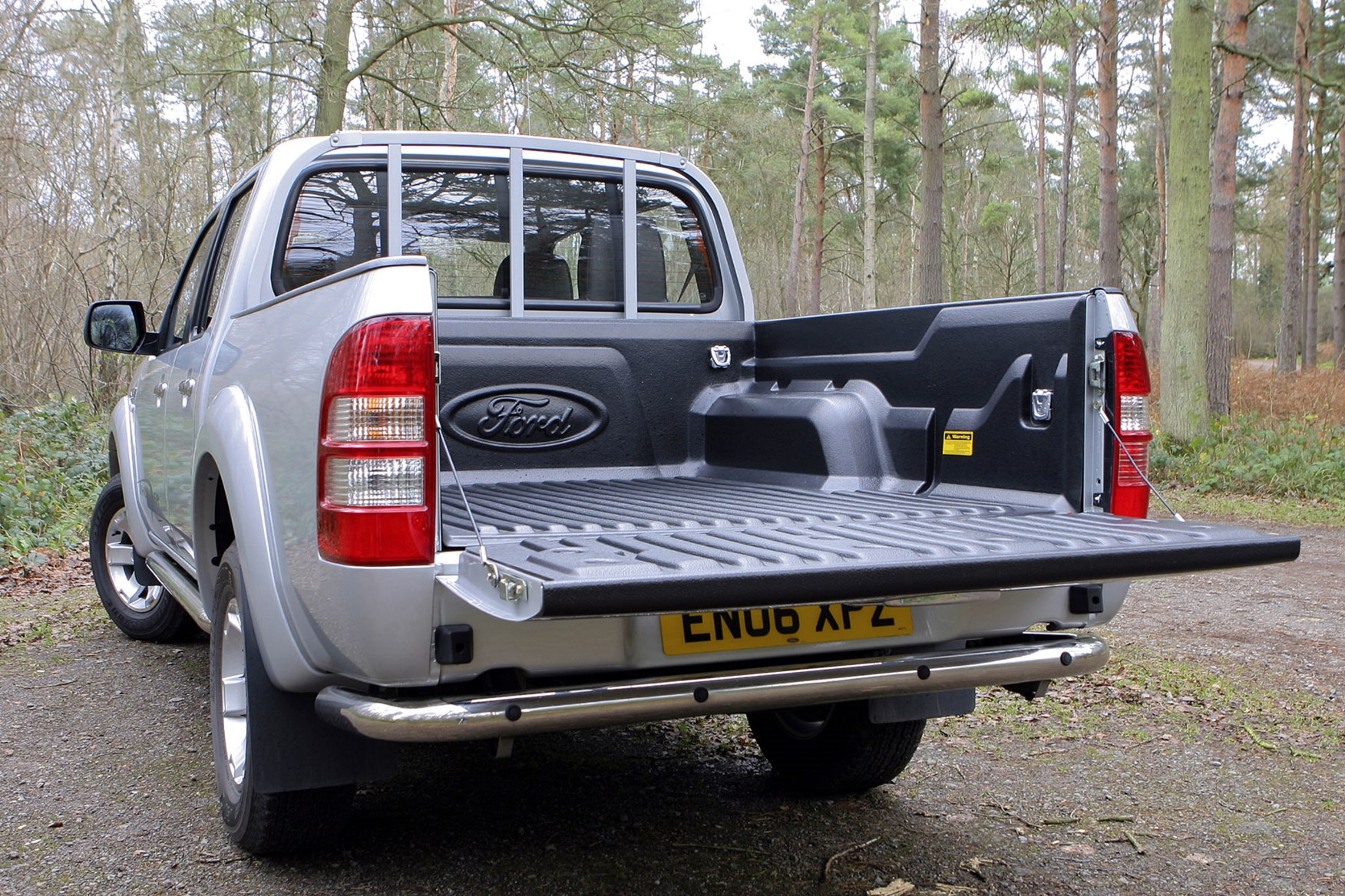 ford ranger pickup dimensions  2006