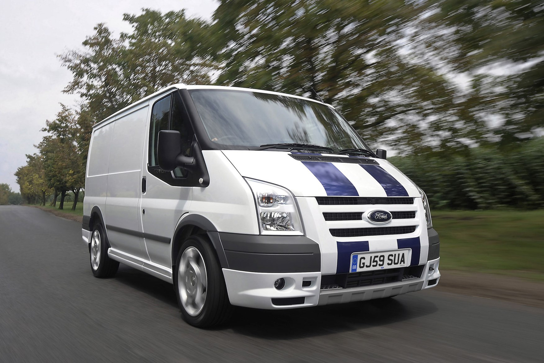 Ford Transit van review (2006-2013) | Parkers