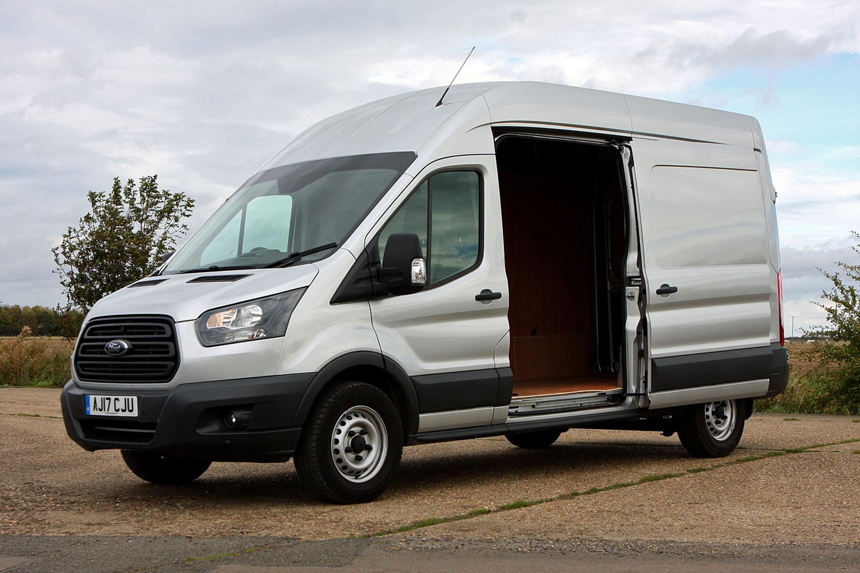 Ford Transit Van Review 2014 On Parkers Mark 6 Fuse Box Six Speed Automatic Side Door Open