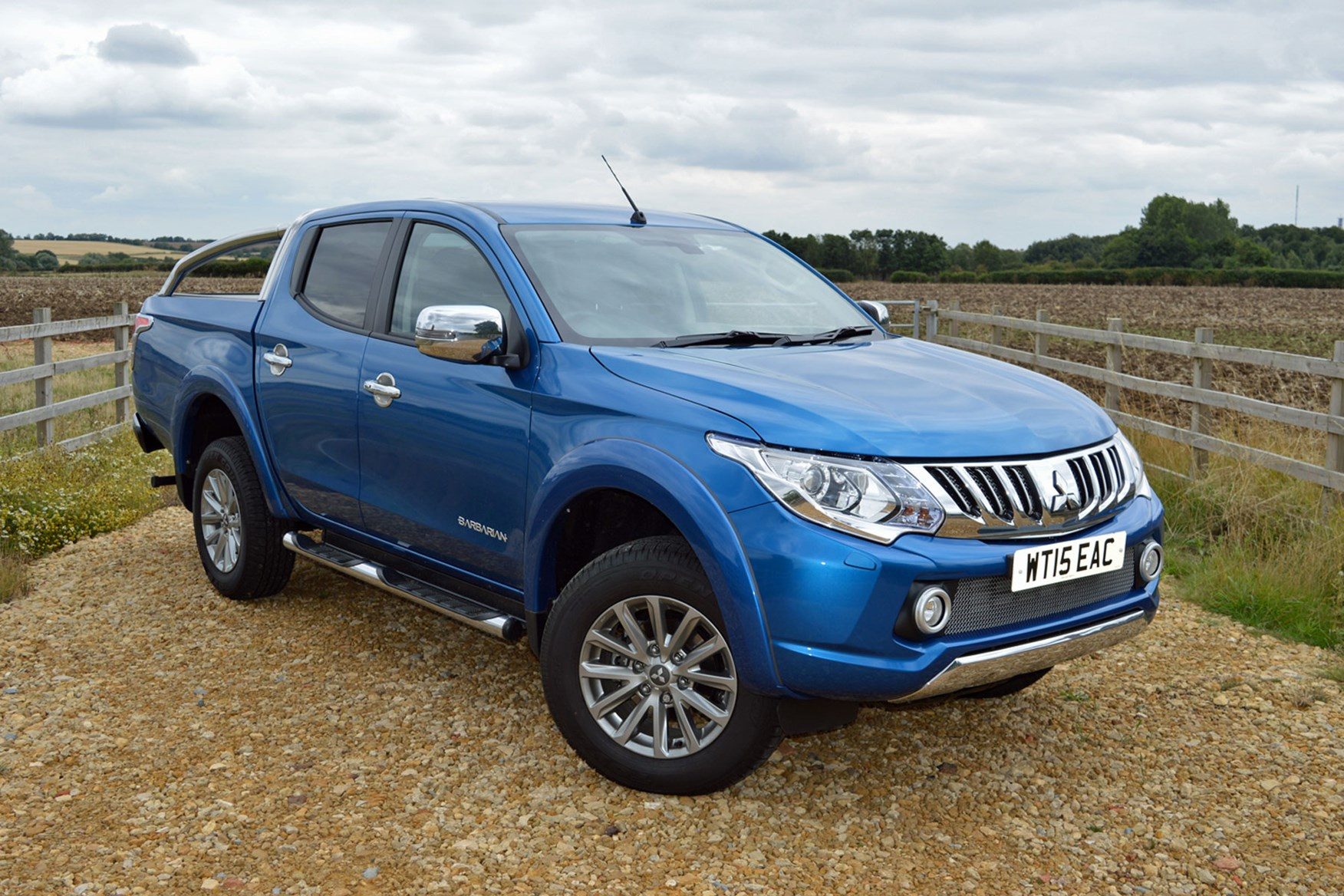 Mitsubishi L200 pickup review (2015-2019) | Parkers