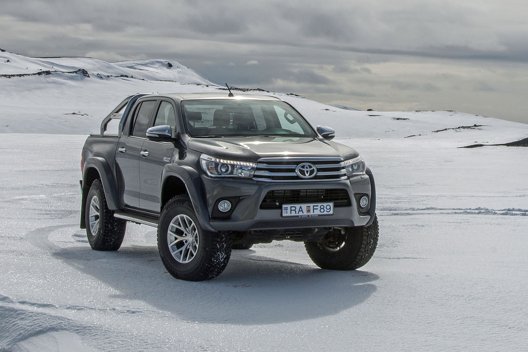 Monster Trucks For Sale >> Toyota launches Hilux AT35 at CV Show 2018 – new Arctic ...