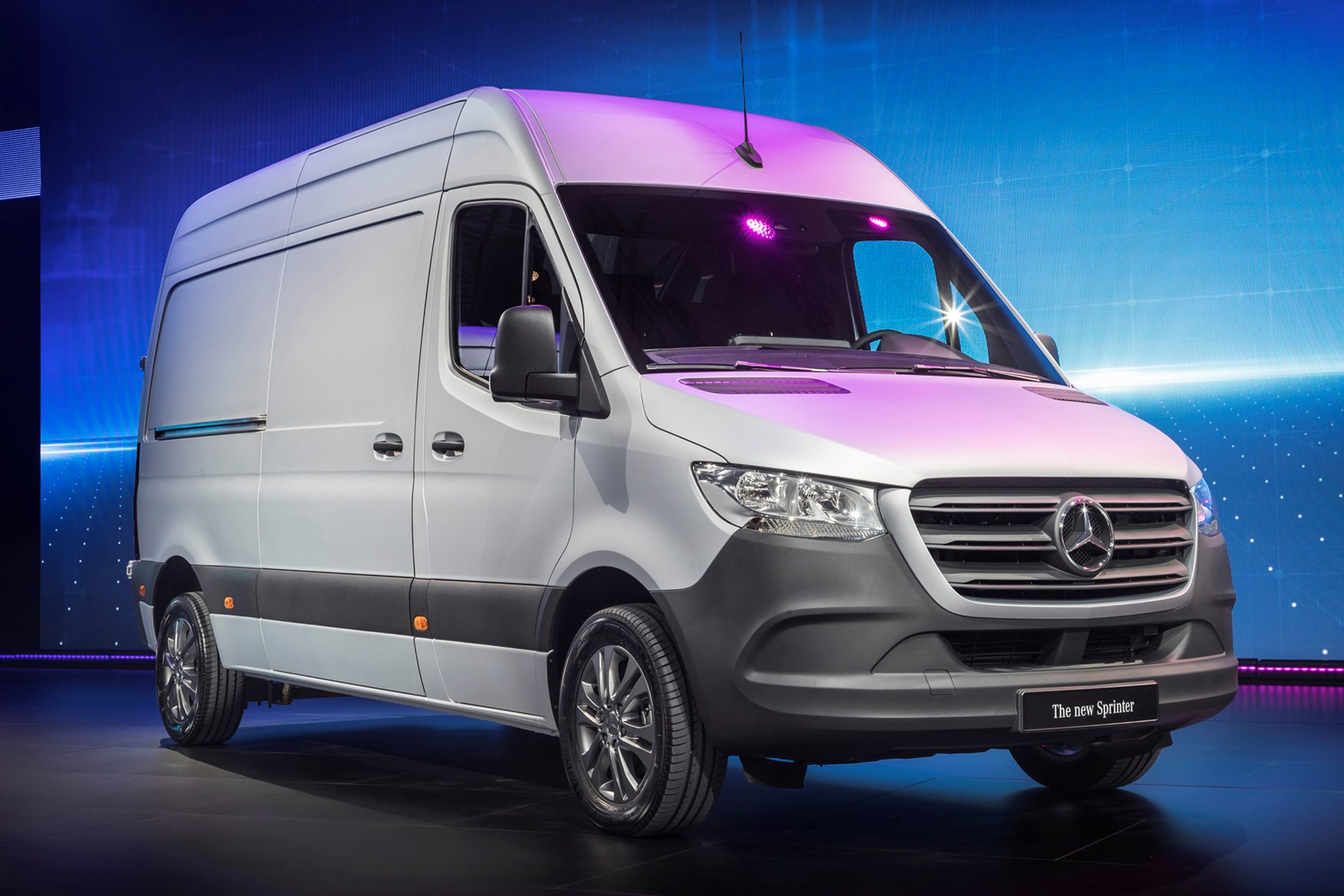 acc9deb240 All-new 2018 Mercedes Sprinter official technical details and pictures on  Parkers Vans