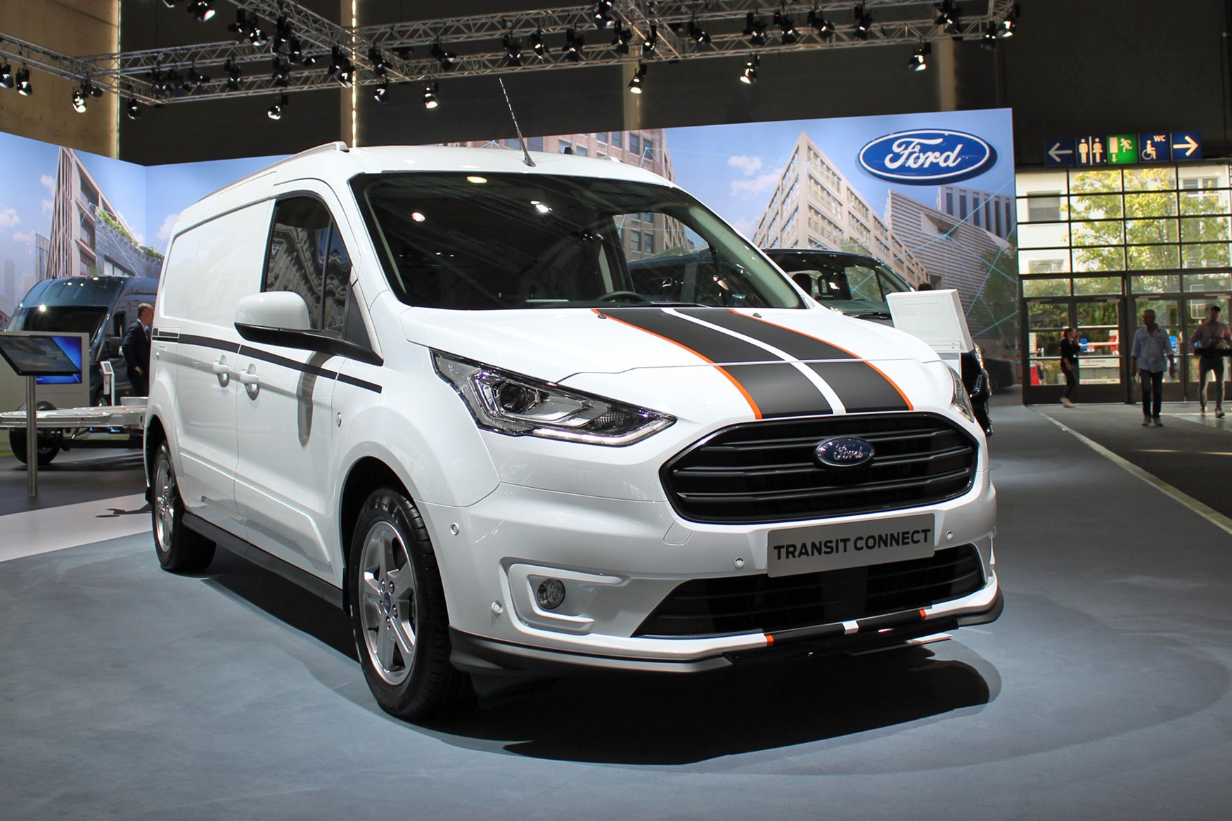 Ford Transit Connect Sport announced as part of update to Connect and Courier small vans | Parkers