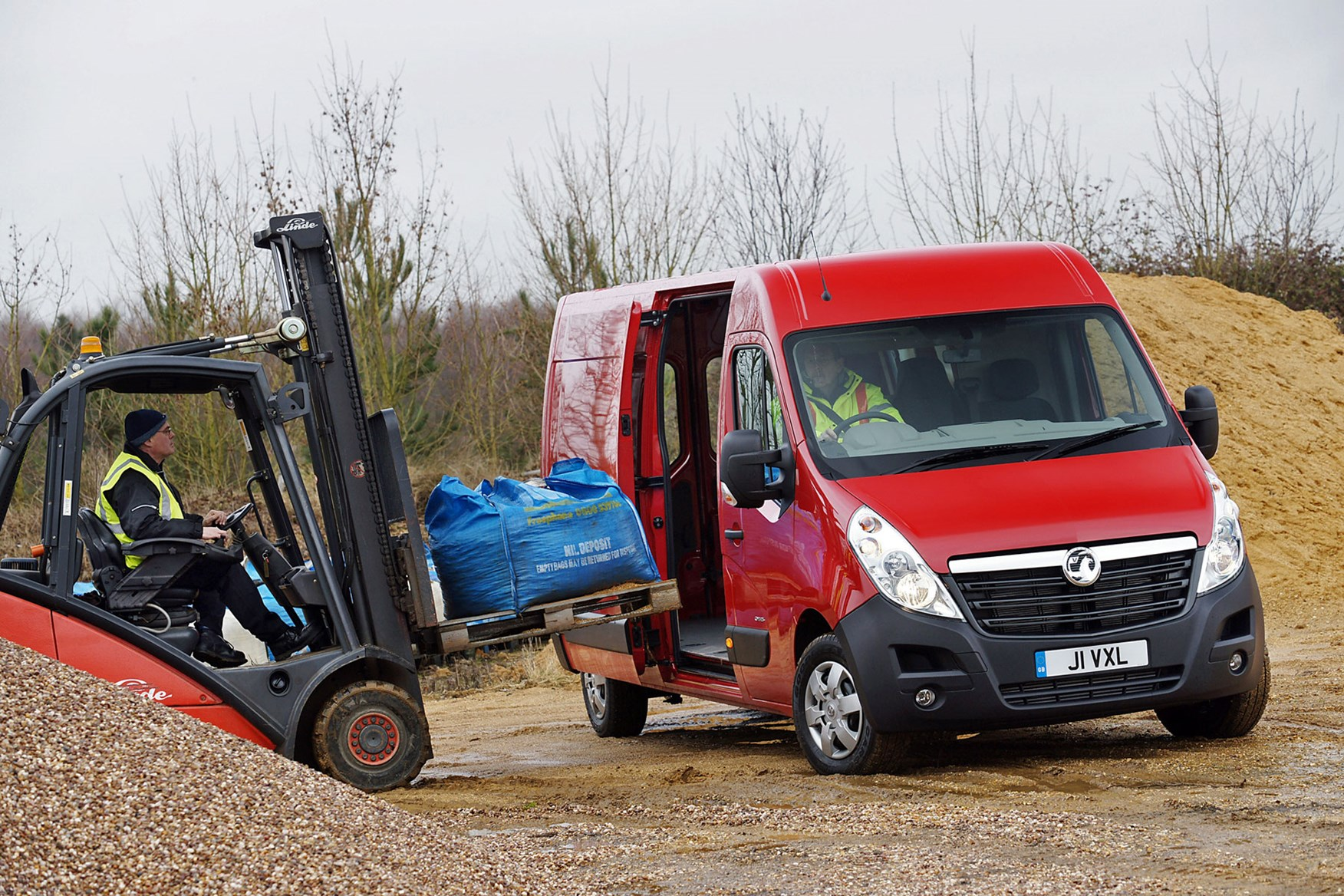 2e3b64e0ba ... Vauxhall Movano - best large 3.5t vans for payload ...