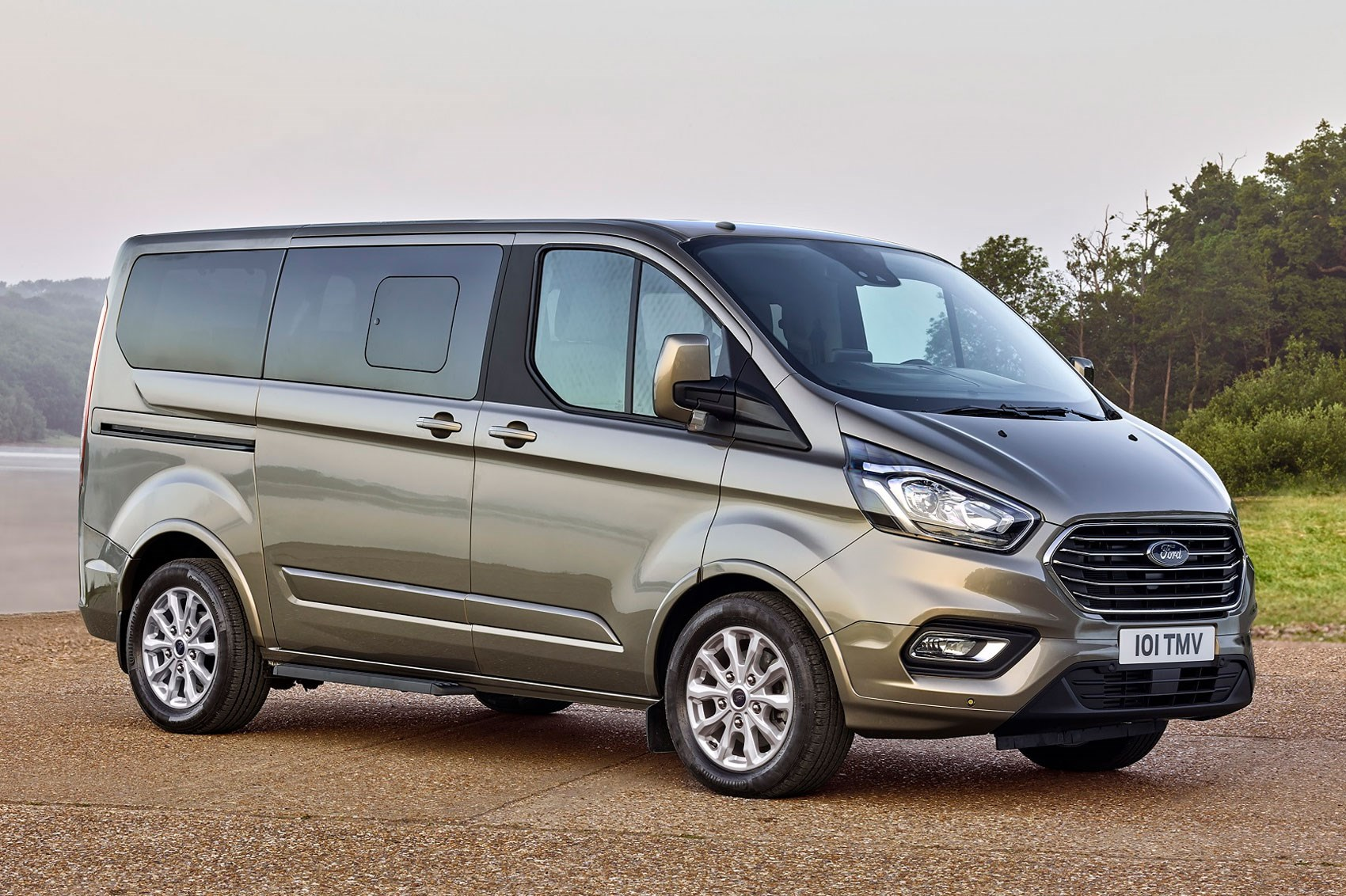 01f9a5b5a748b8 New Ford Transit Custom for 2018 – info and pictures of facelift for ...