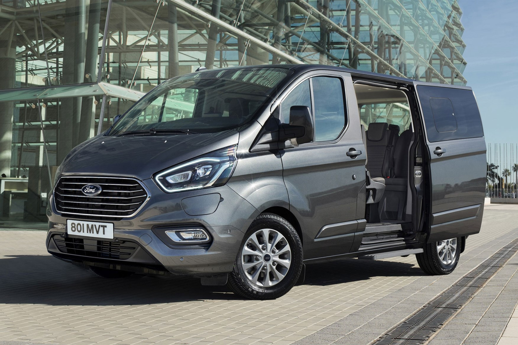 Ford Transit Custom Plug-In Hybrid electric van - latest