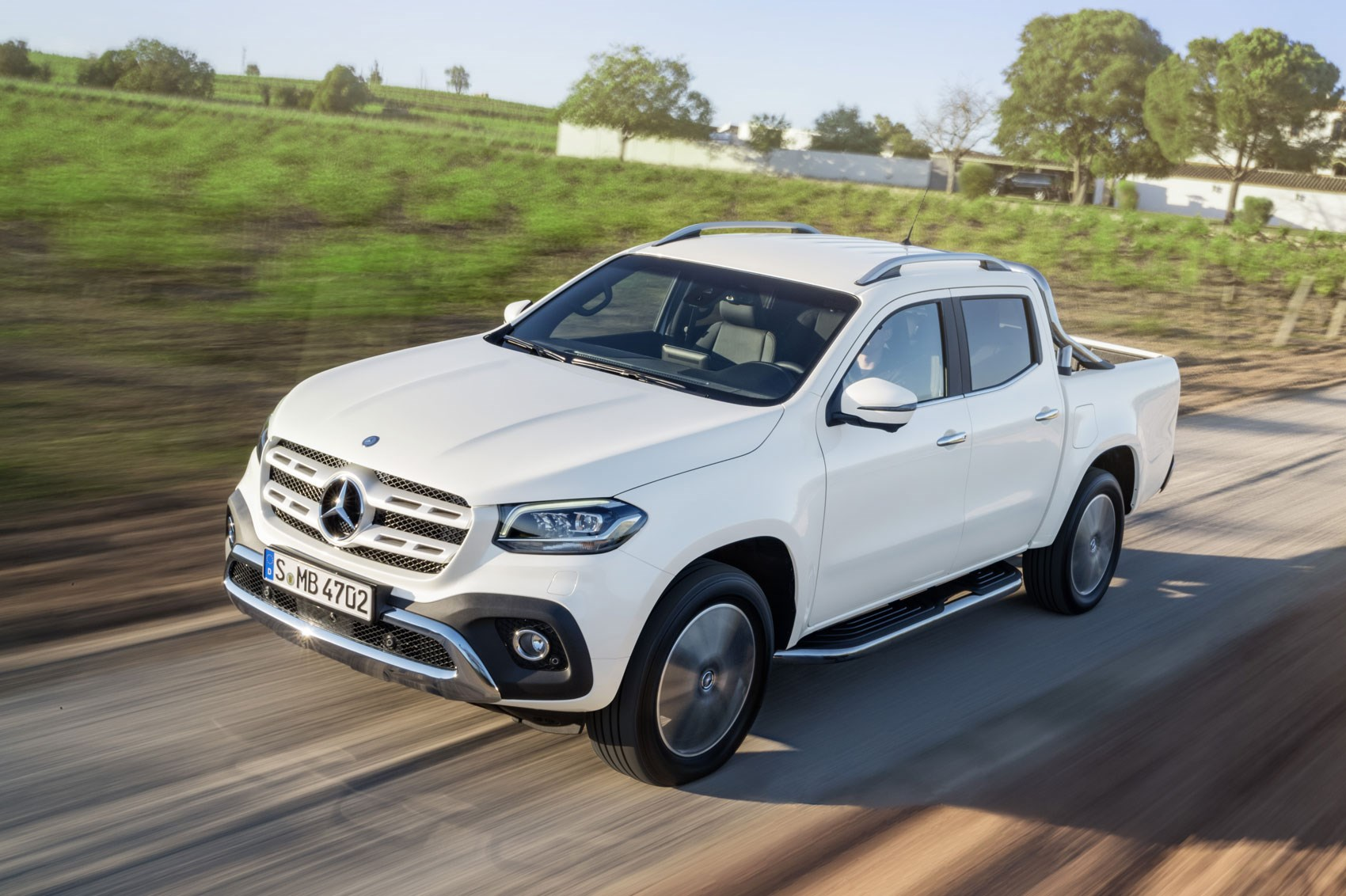 Mercedes X-Class: official details, pictures and video of ...