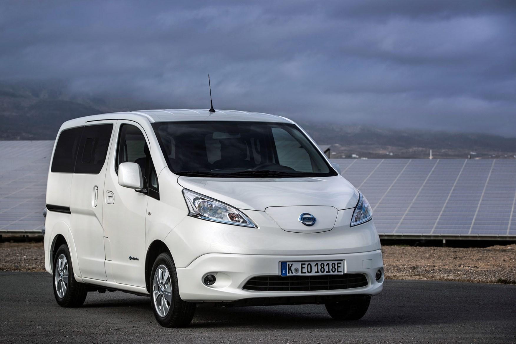 1c92490c926bf6 Nissan e-NV200 2018 electric van review - 60% more driving range ...
