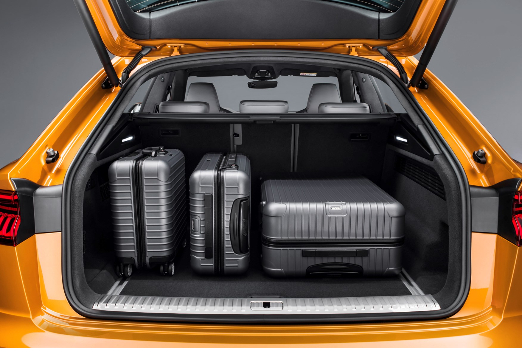 Audi Q8 2021 Practicality Boot Space Dimensions Parkers