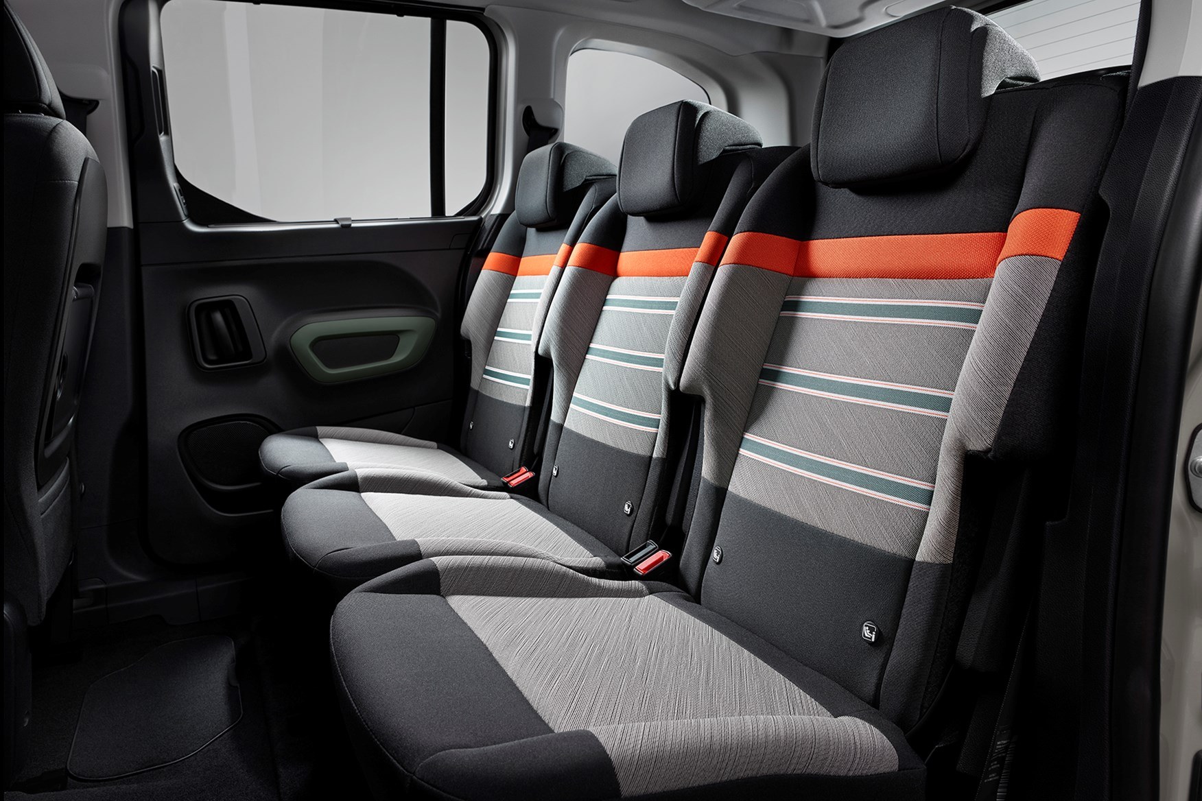 ... Citroen Berlingo interior detail ...