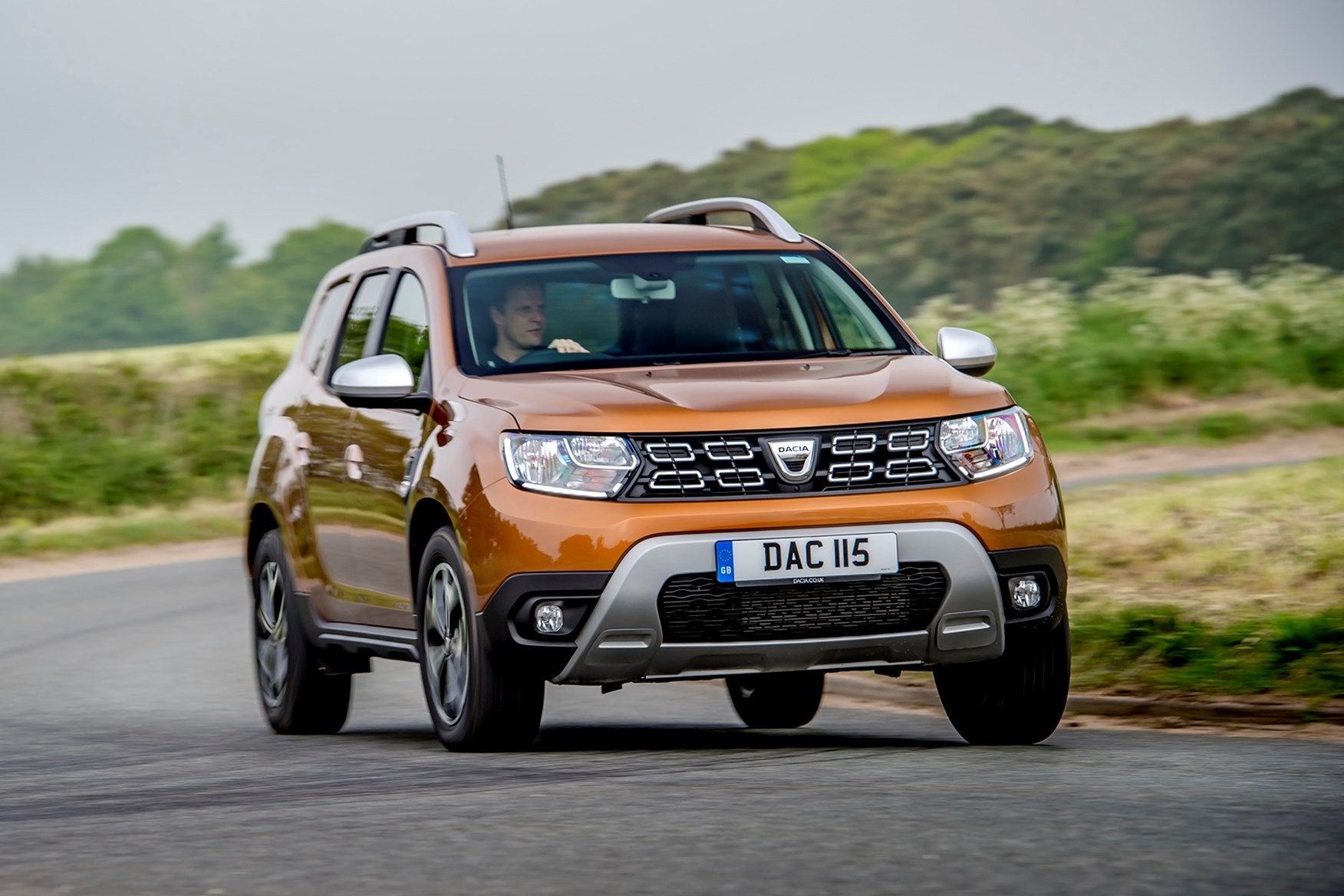 dacia duster suv review parkers. Black Bedroom Furniture Sets. Home Design Ideas