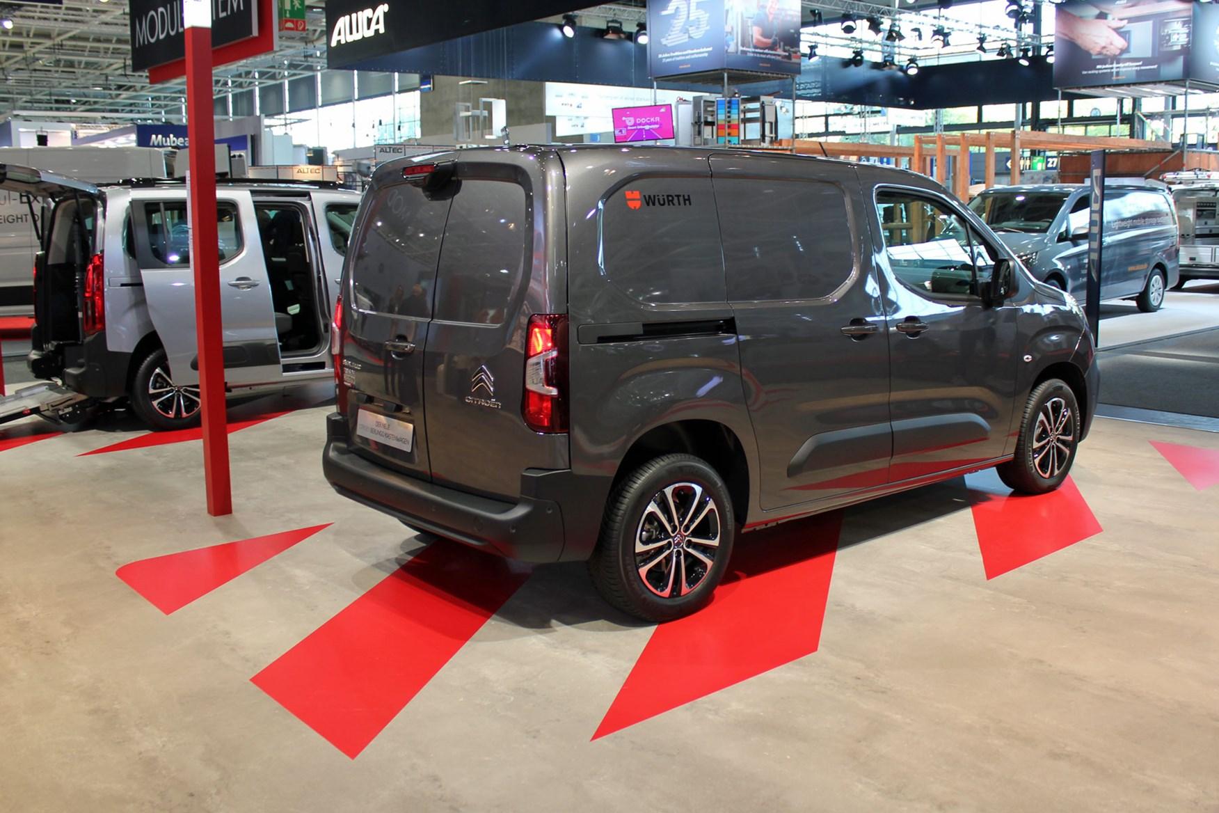 676c68e2d5 ... Citroen Berlingo van world debut at IAA Commercial Vehicles show - rear  view ...