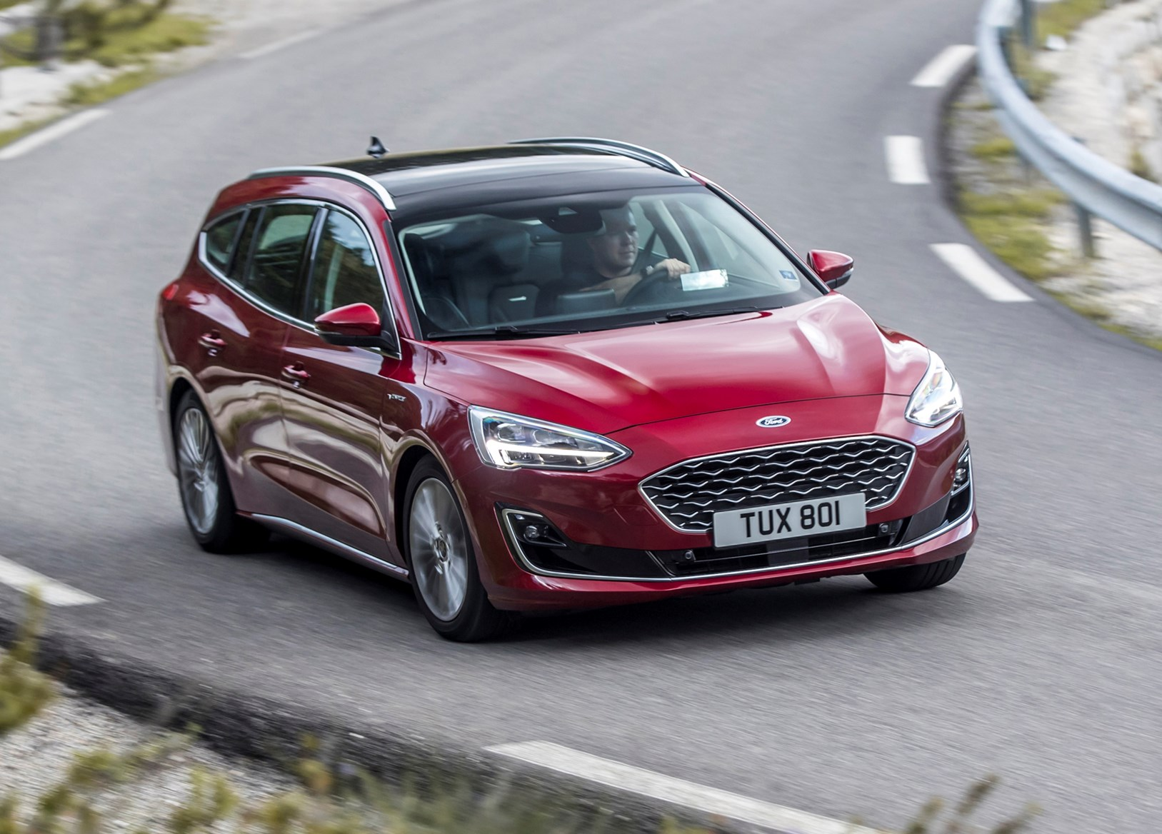 Ford Focus Estate 2019 Practicality Boot Space Parkers