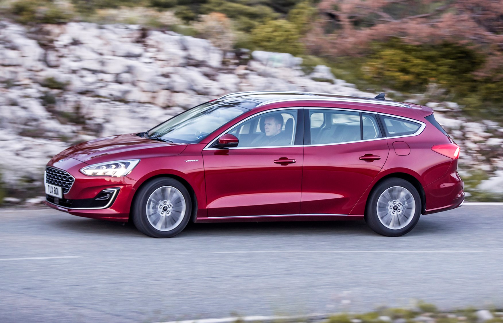 ford focus estate review  2020