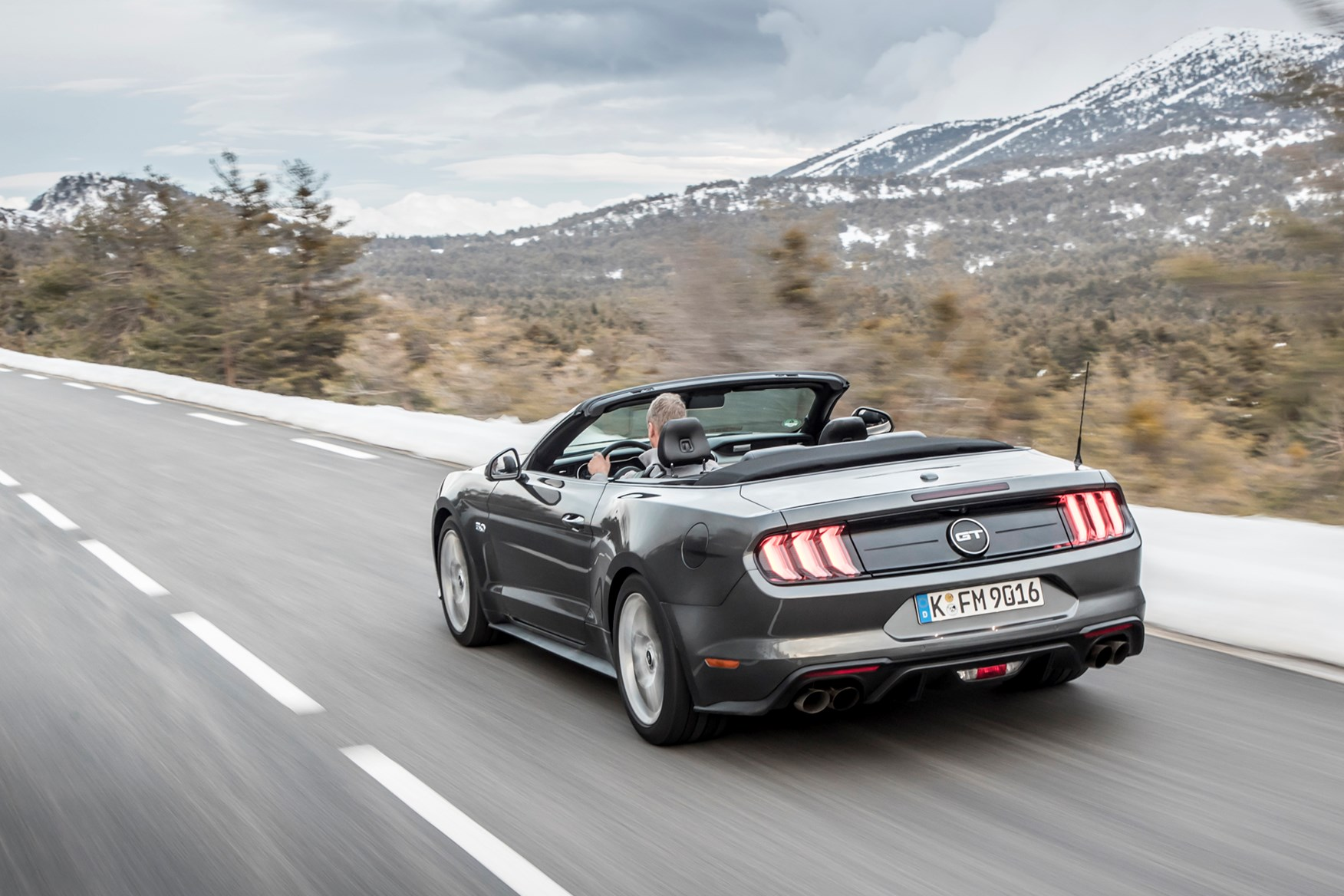 Ford mustang convertible facelift 2018 magnetic grey