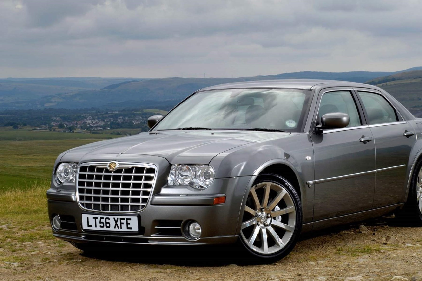 Best cheap fast cars under £10,000   Parkers