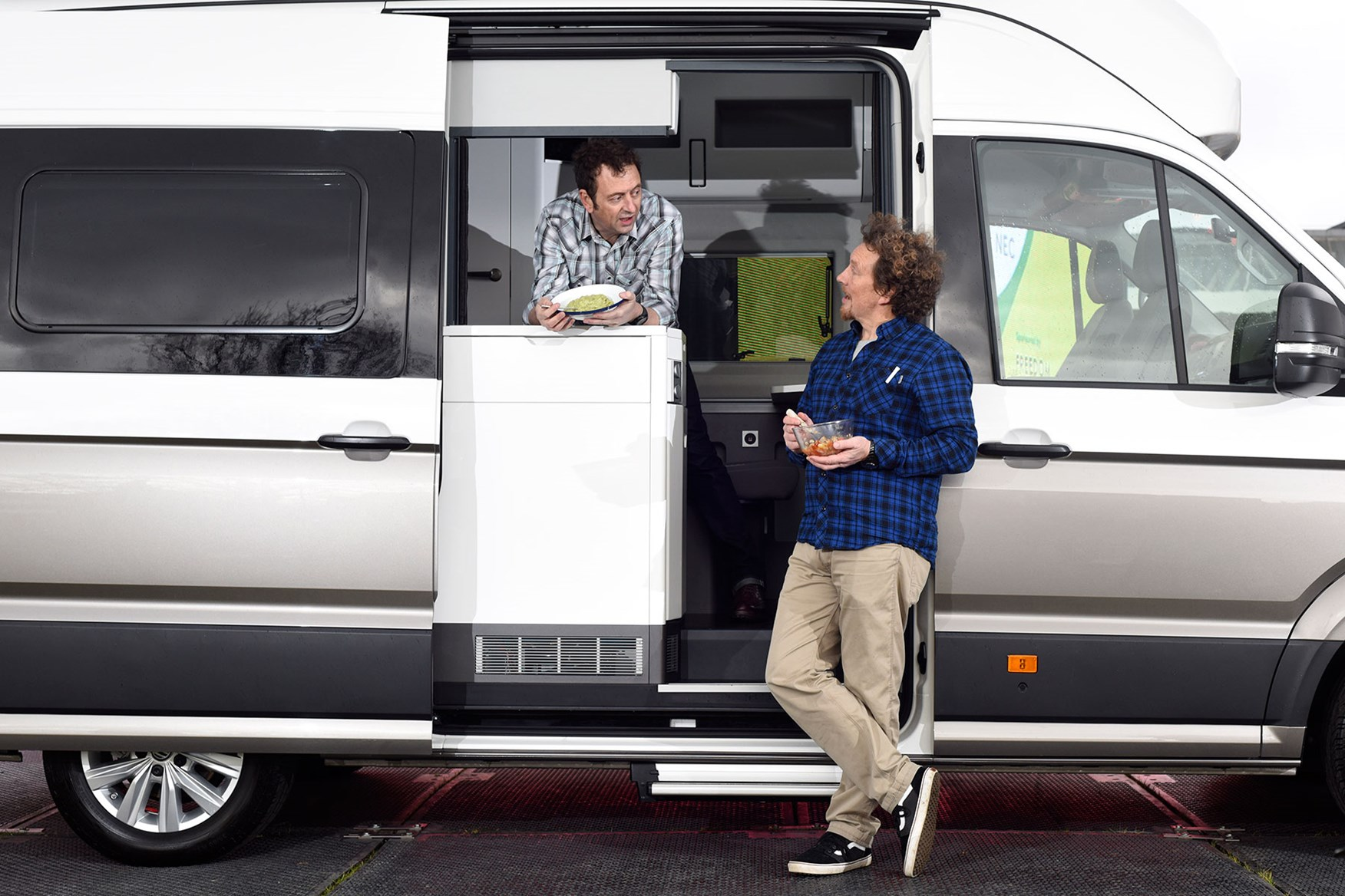 9a958b758c ... VW Grand California campervan makes UK debut at CCM Show 2019 with  Martin Dorey and Matt Allwright - side view VW Grand California 600 ...