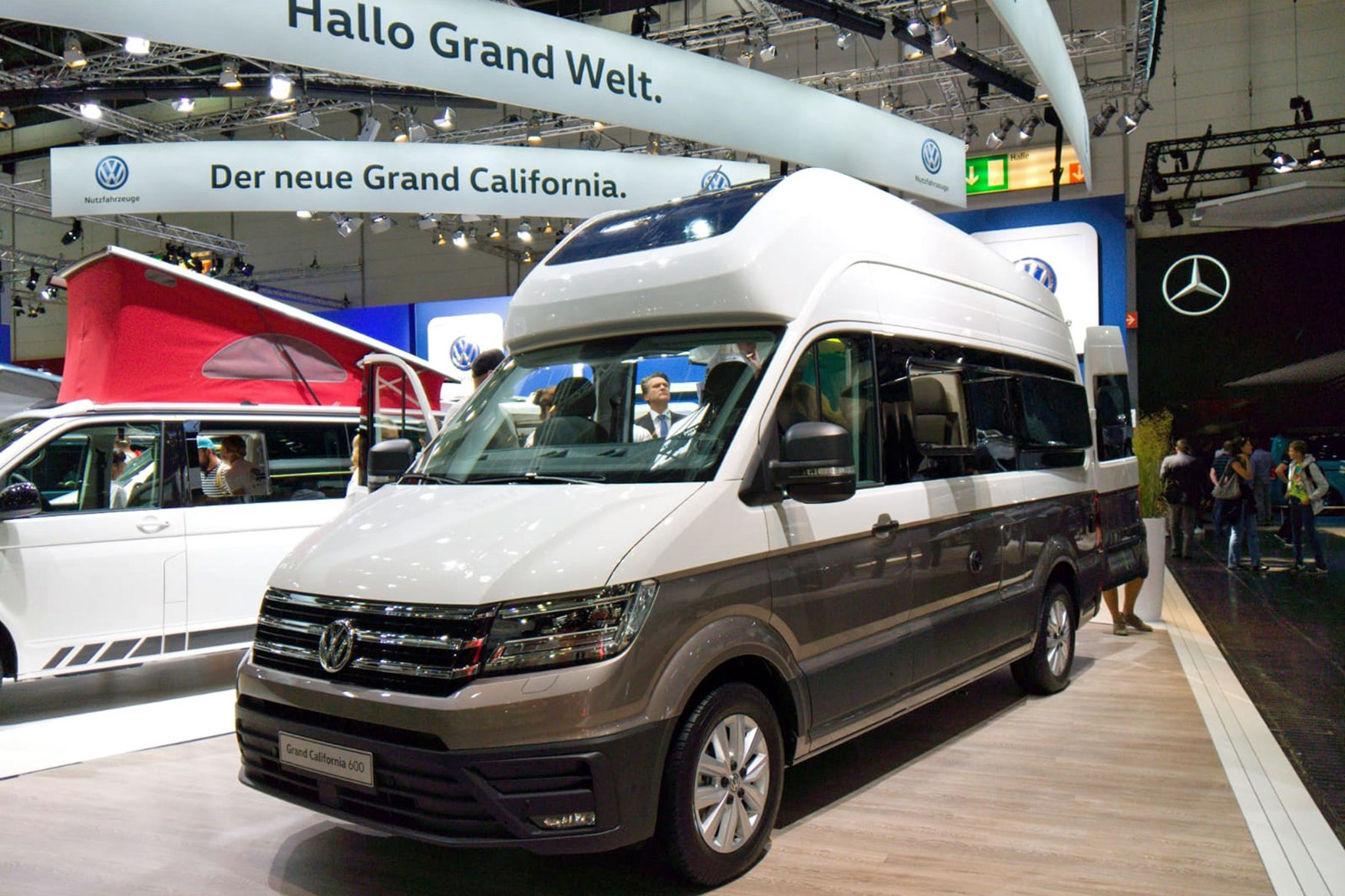 Volkswagen Grand California Campervan Makes Uk Debut