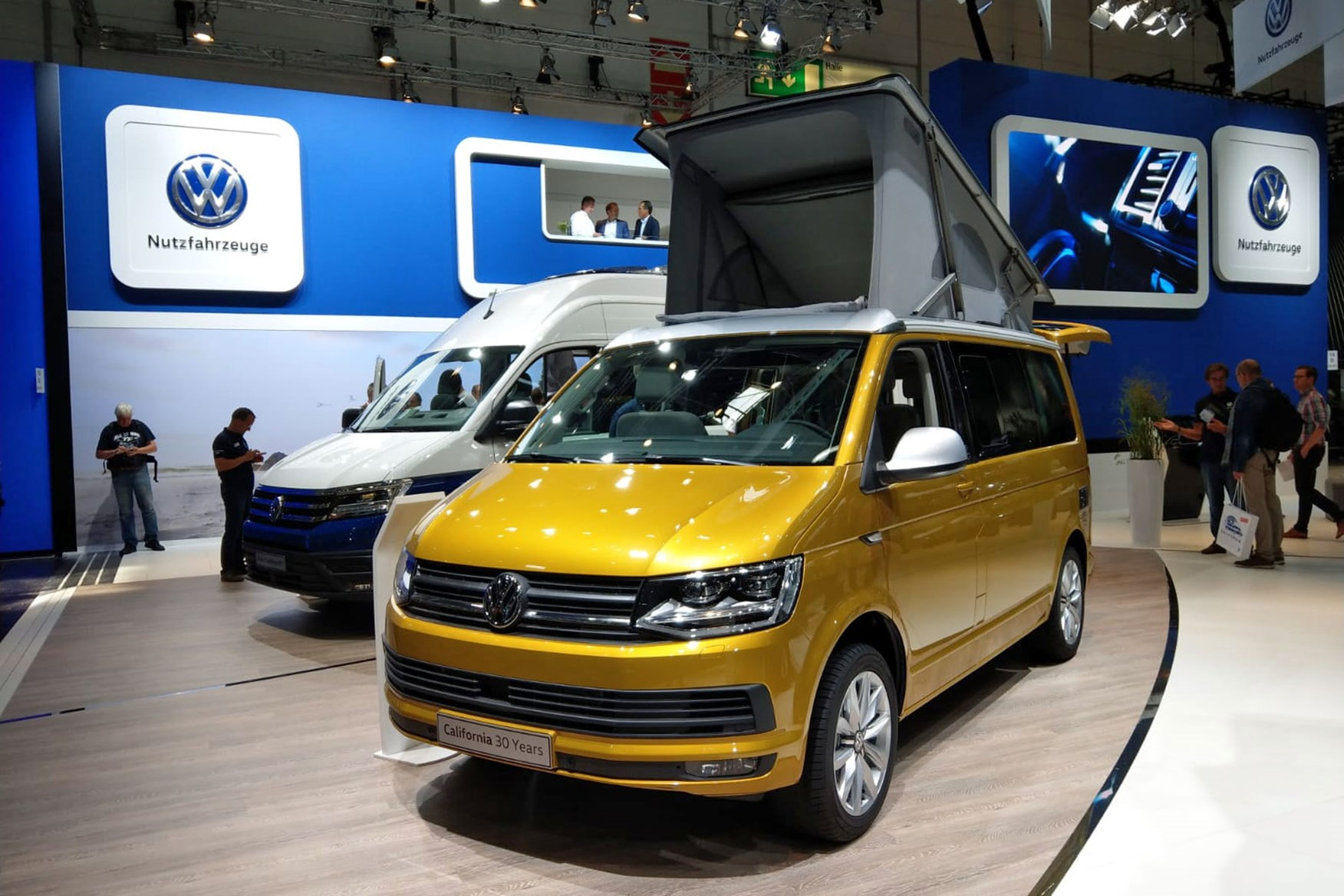 Outstanding Volkswagen Grand California Campervan Makes Uk Debut Full Squirreltailoven Fun Painted Chair Ideas Images Squirreltailovenorg