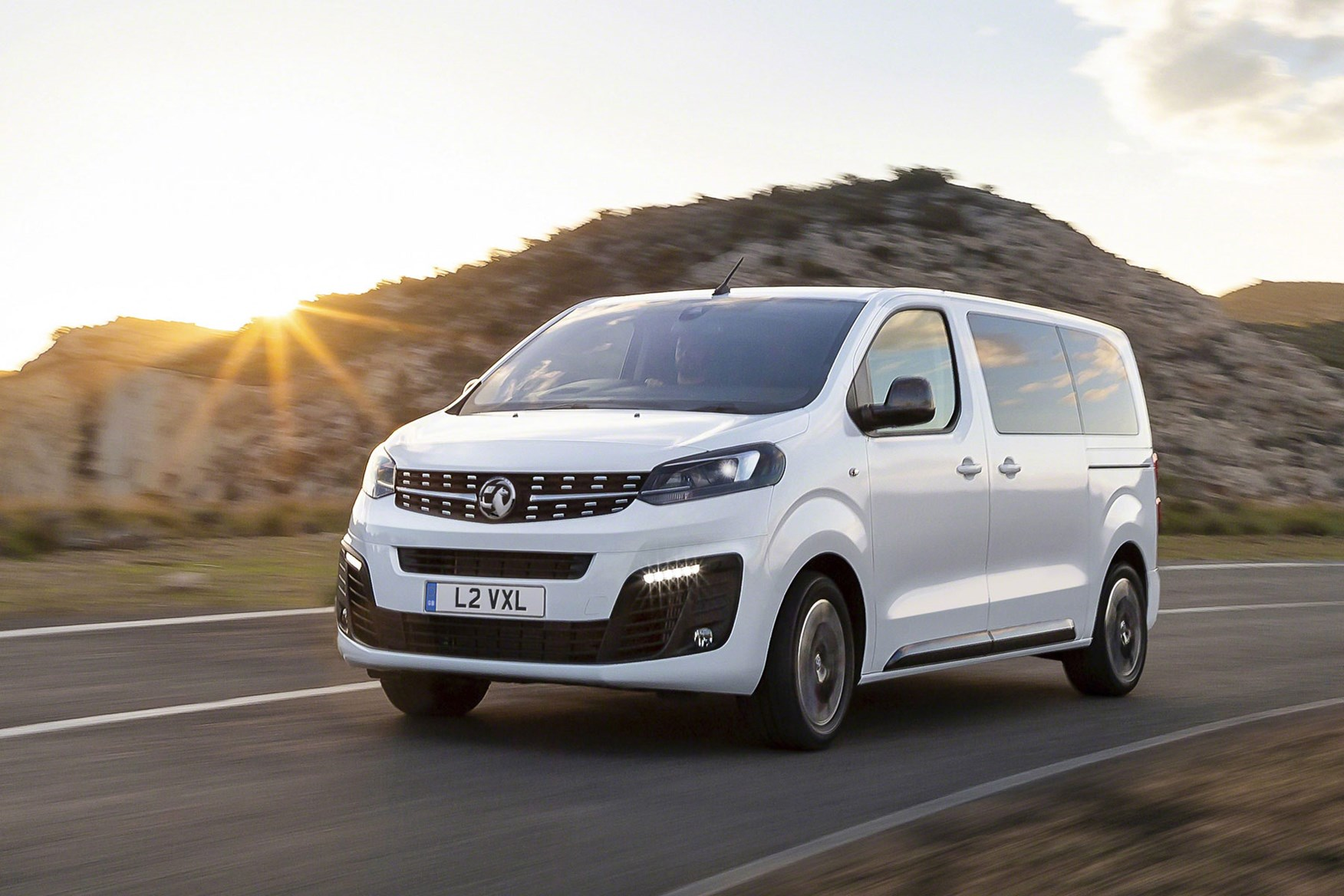 43a9093667 ... white All-new Vauxhall Vivaro on-sale in 2019 - driving