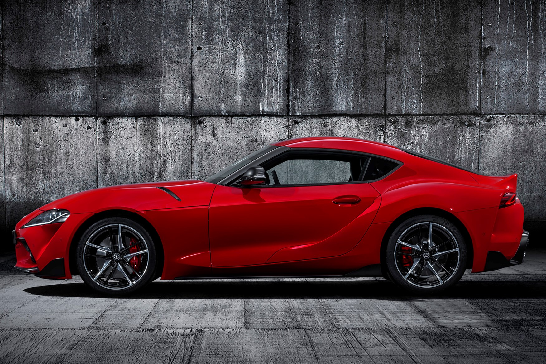 How Much Is A Land Rover >> Toyota GR Supra Review (2019) | Parkers
