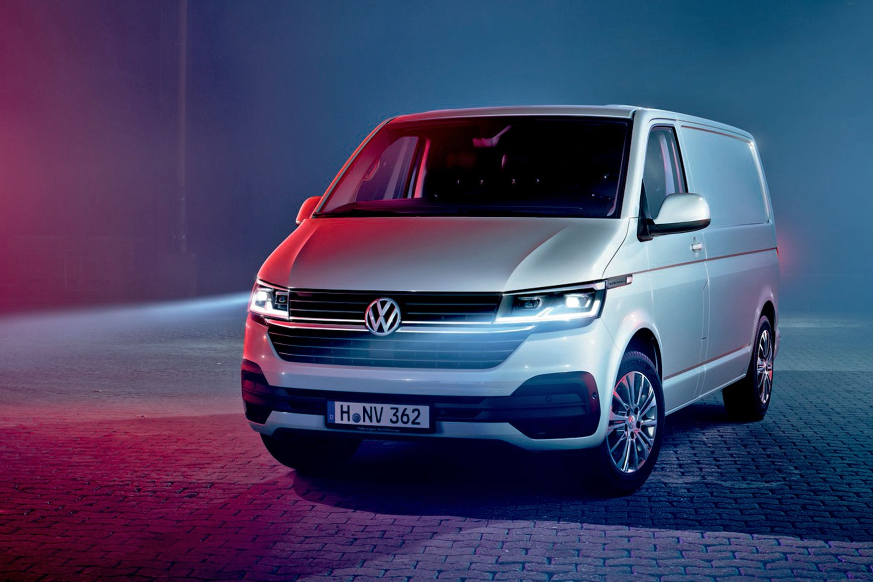volkswagen transporter  officially revealed full details  pictures   facelift