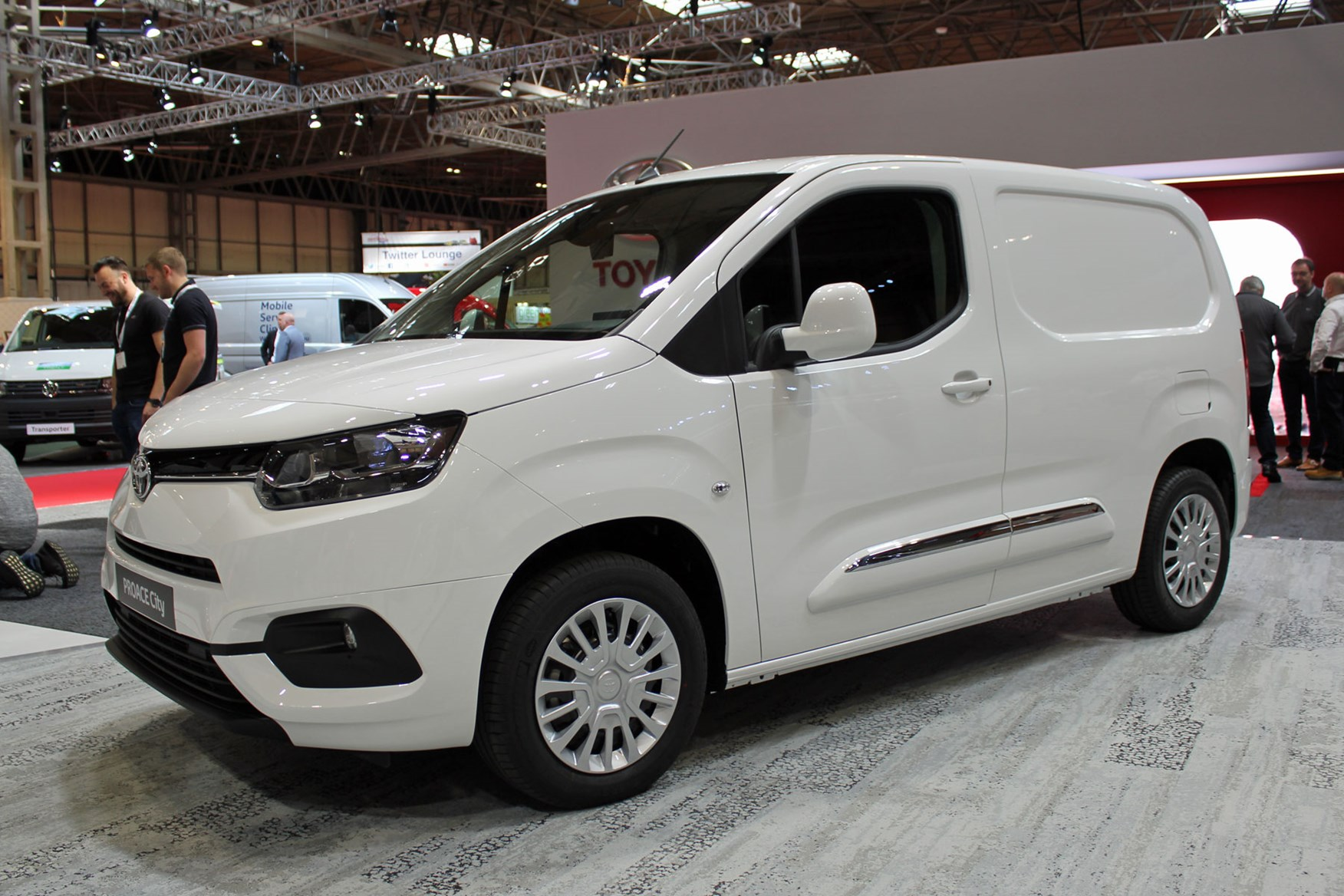 toyota proace city small van set to go on sale in 2020