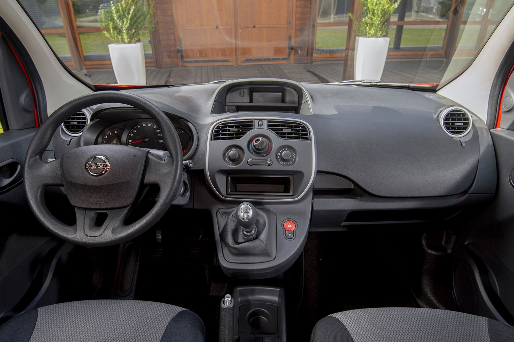 New Nissan Nv250 Small Van Replaces Nv200 With More Choice