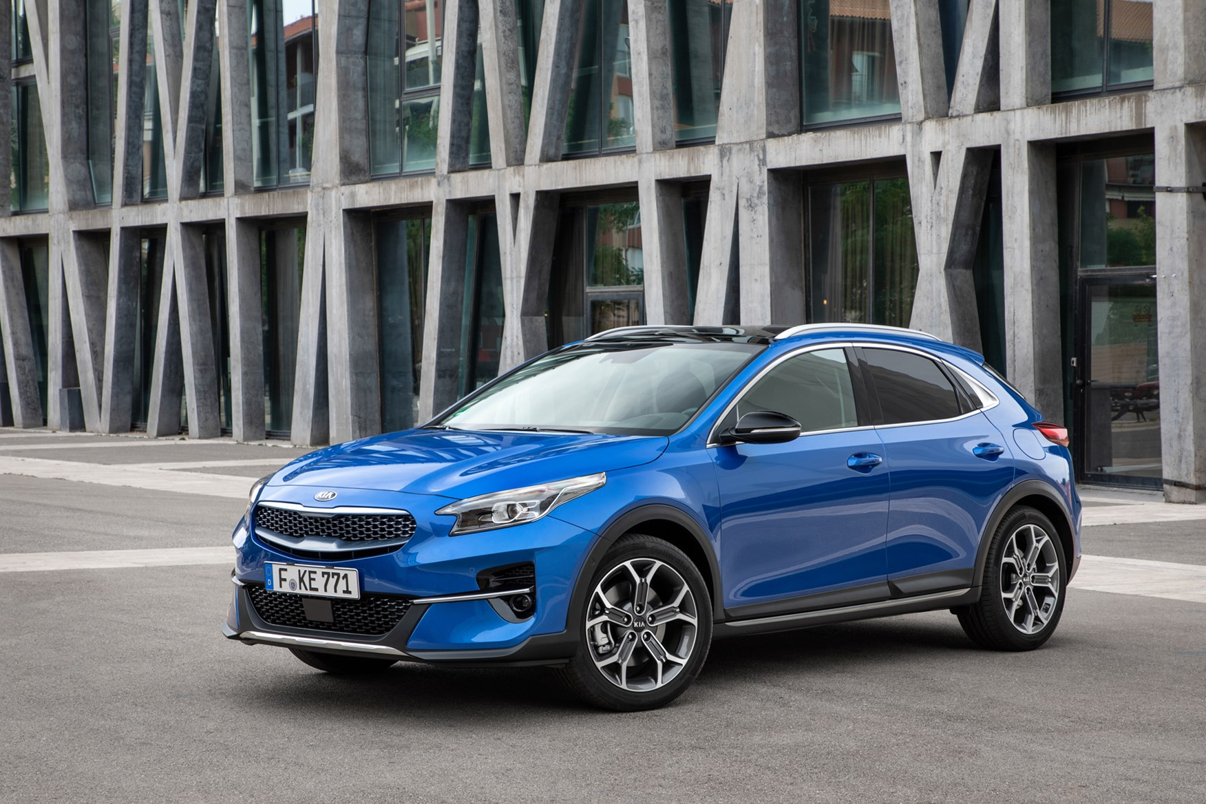 Kia Xceed Review (2019)   Parkers