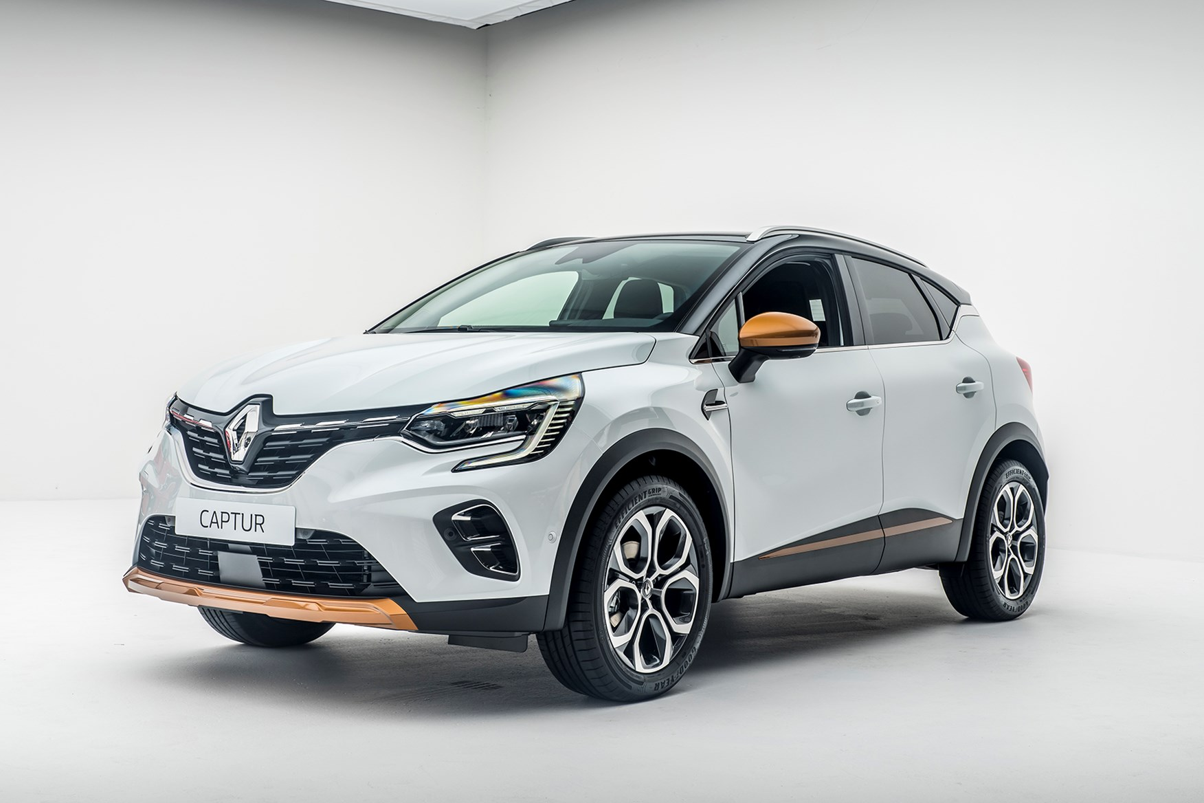 2019 - [Renault]  Captur II [HJB]  - Page 2 Renault-captur_043