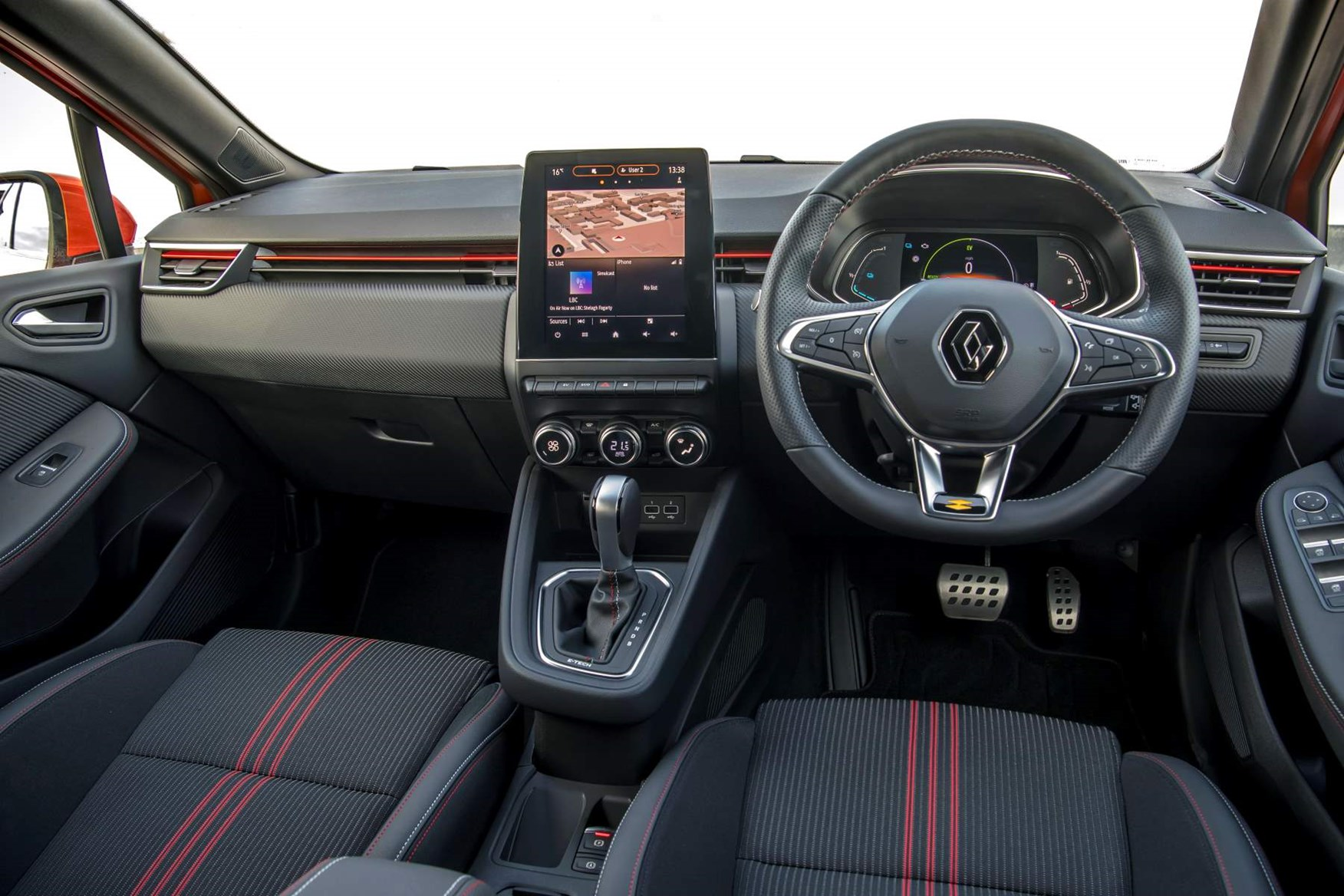 Renault Clio Review 2021 Parkers