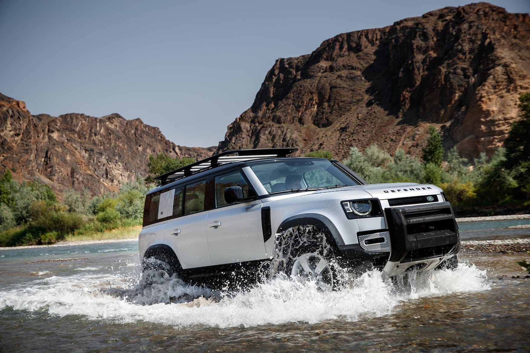 Land Rover Defender (2020) Practicality, Boot Space