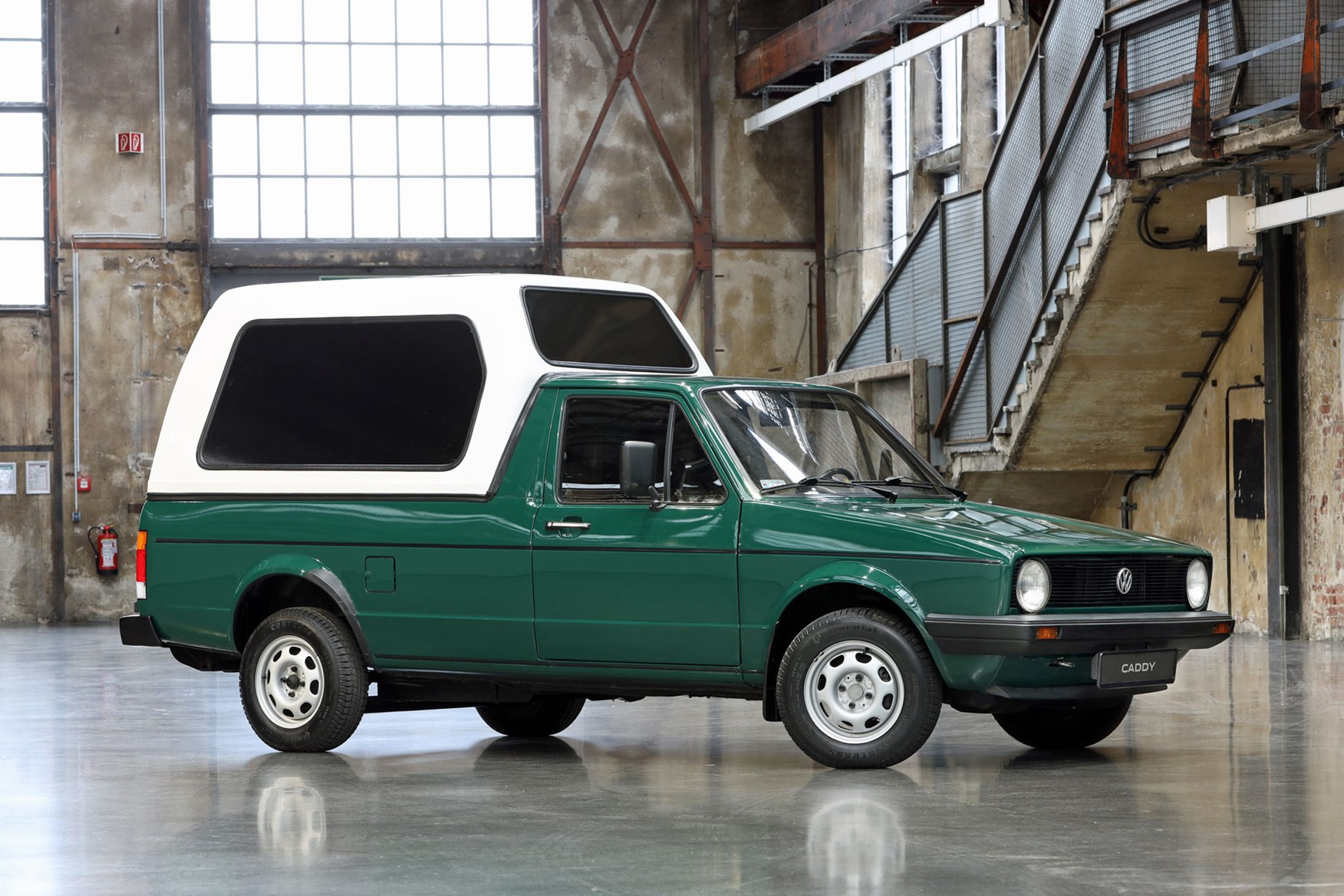 History Of The Volkswagen Caddy See How It S Changed Over Time Parkers