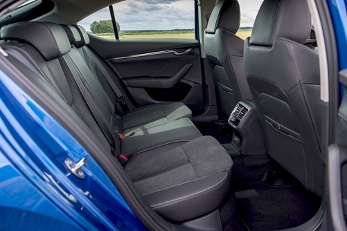 Skoda Octavia (2021) Interior Layout, Dashboard ...