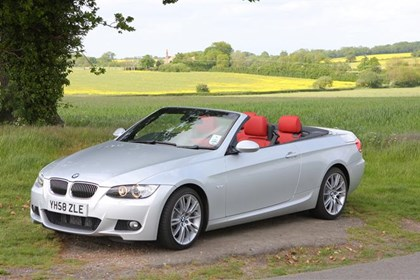 BMW Series Convertible Review Parkers - Bmw 3 series hardtop convertible used