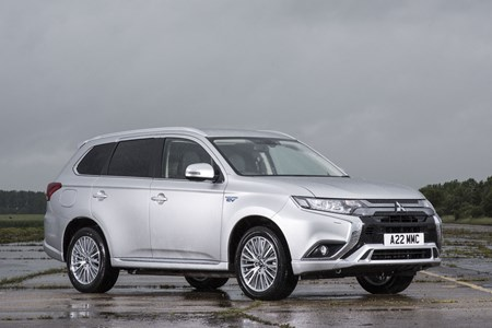 Mitsubishi Outlander Commercial van reviews and specs | Parkers