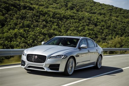 Class-leading company car tax for 2015 Jaguar XF | Parkers