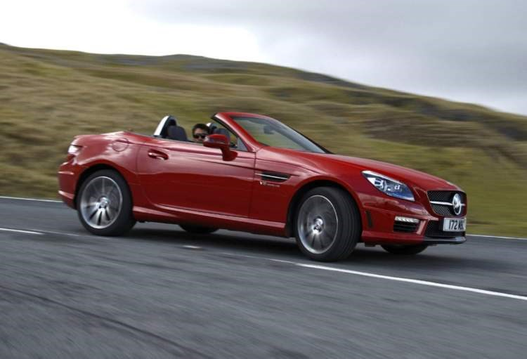 Mercedes-Benz SLK AMG dynamic front three-quarters