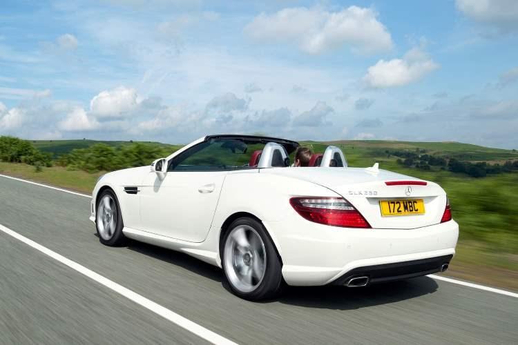 Mercedes-Benz SLK rear three-quarter dynamic