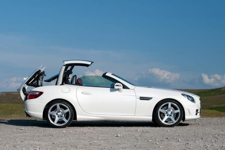 Mercedes-Benz SLK folding roof