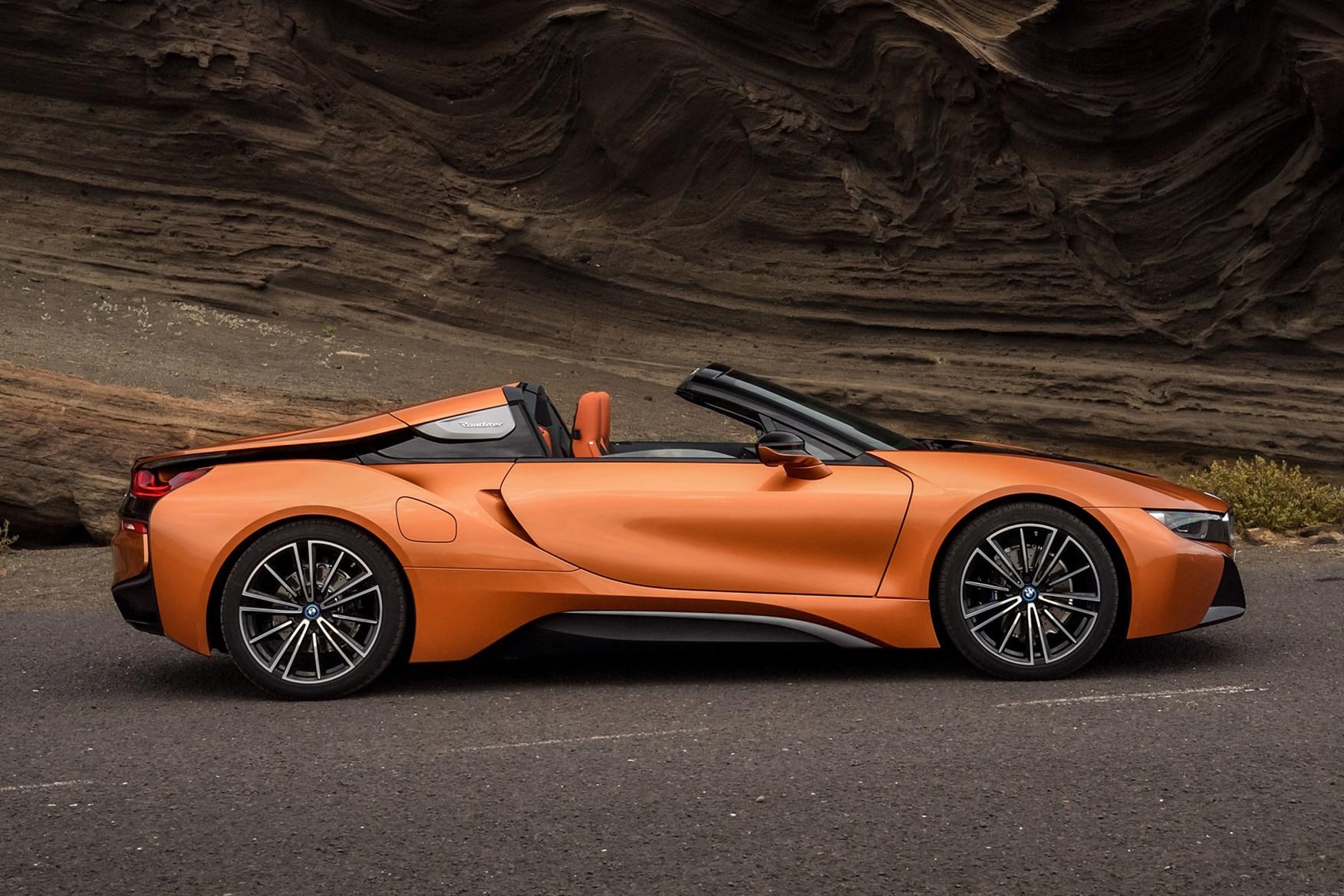 Copper 2019 BMW i8 Roadster side elevation driving