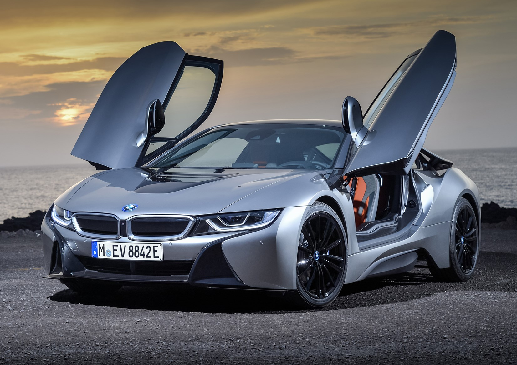 Silver 2018 BMW i8 Coupe front three-quarter doors open