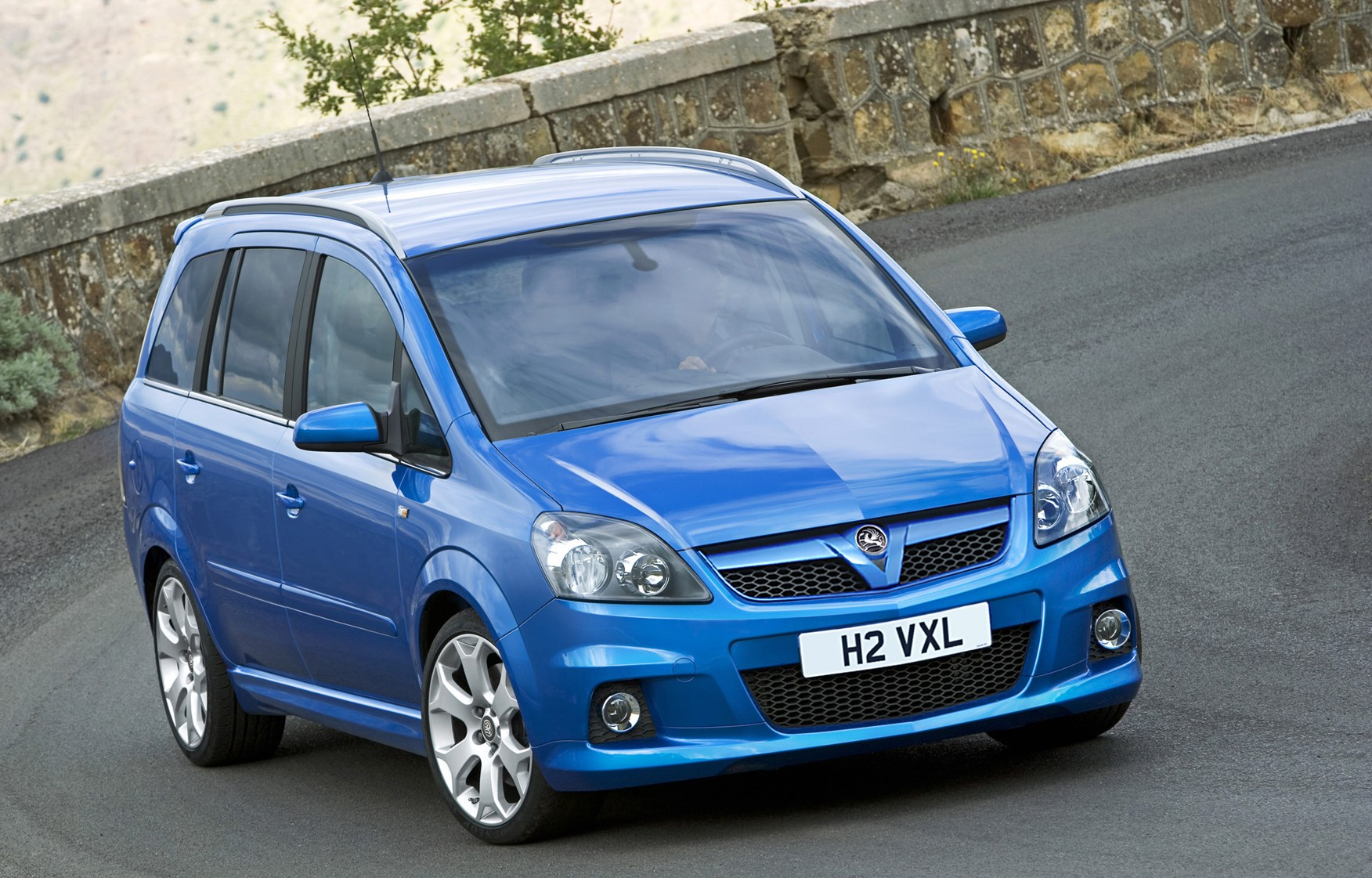 vauxhall zafira vxr 2005 2010 driving performance parkers. Black Bedroom Furniture Sets. Home Design Ideas