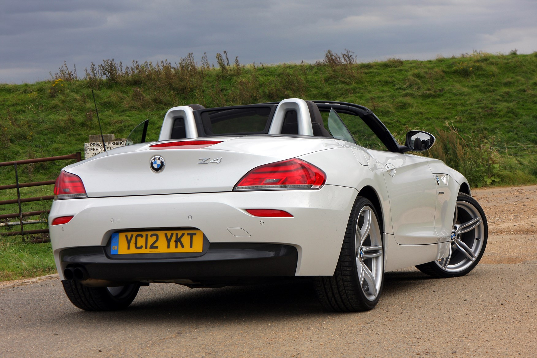 Bmw Z4 Roadster 2009 Photos Parkers
