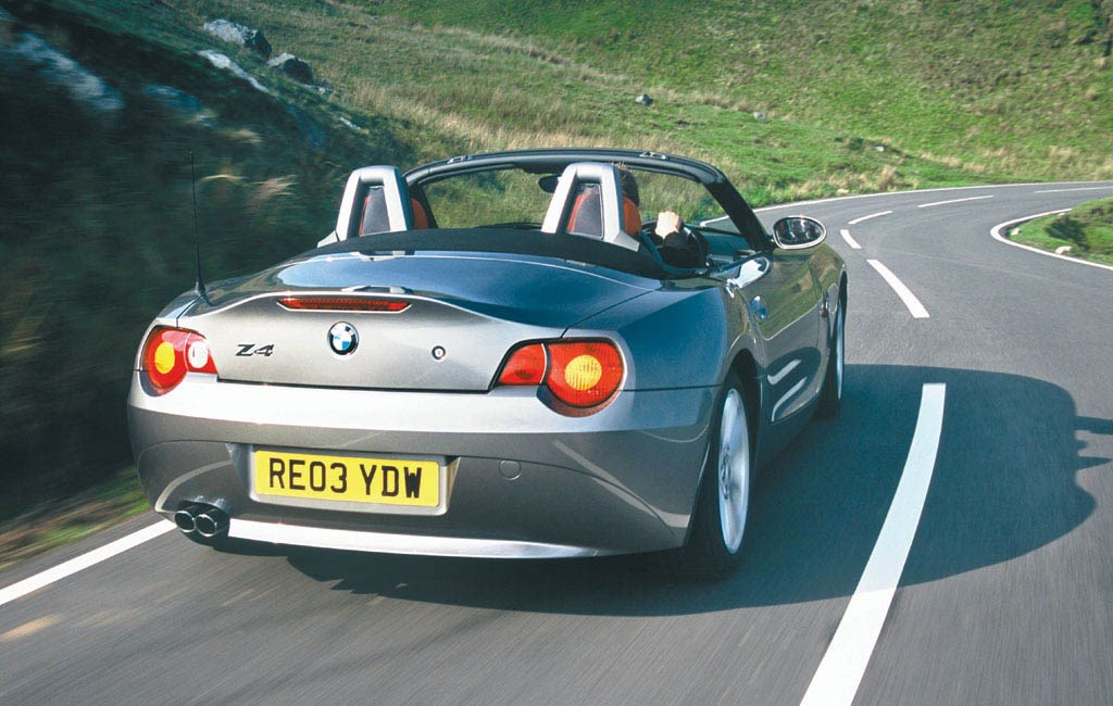 Bmw Z4 Roadster 2003 2008 Driving Amp Performance Parkers