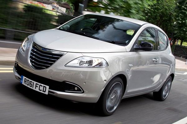 Chrysler Ypsilon Hatchback Review 2011 2015 Parkers