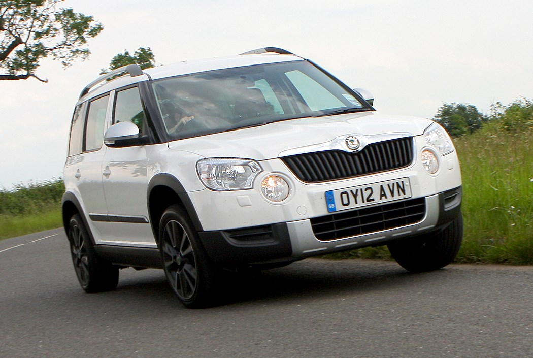 skoda yeti hatchback 2009 driving performance parkers. Black Bedroom Furniture Sets. Home Design Ideas