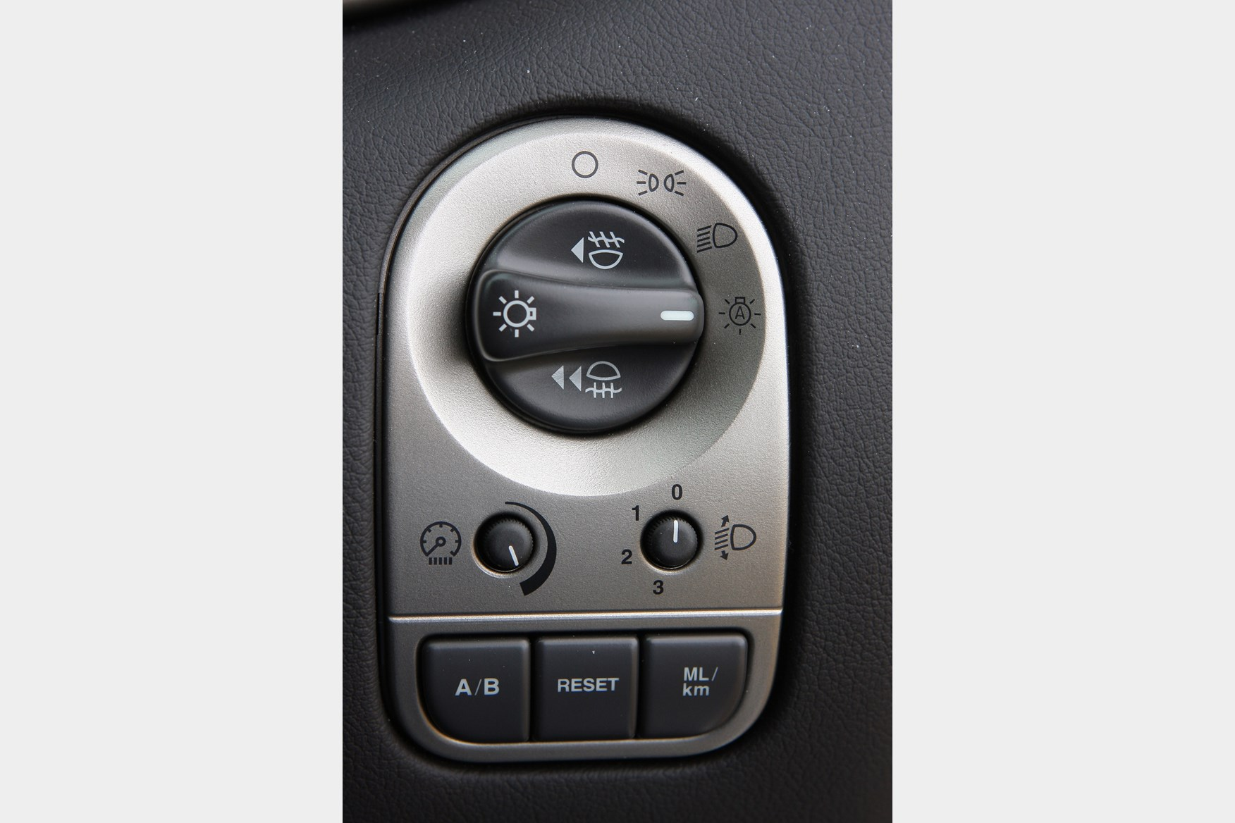 2010 Jaguar Xf Fuse Box Wiring Diagrams Volvo Xc60 Location